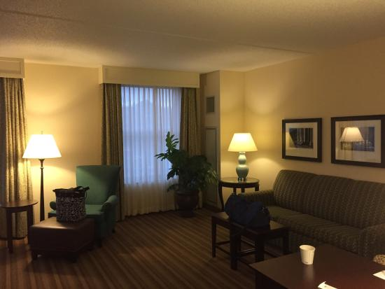 Hampton Inn & Suites Saratoga Springs Downtown: photo1.jpg