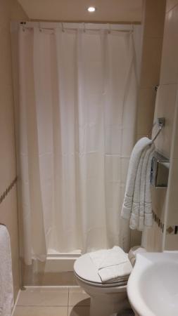 BEST WESTERN Victoria Palace: Bathroom