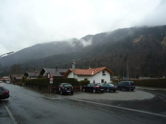 Hotel Alpenhof: парковка