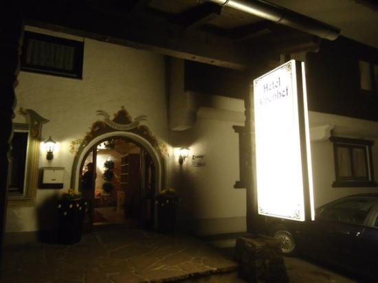 Hotel Alpenhof: отель
