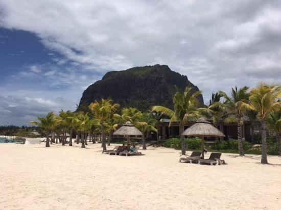 The St. Regis Mauritius Resort : View from the beach