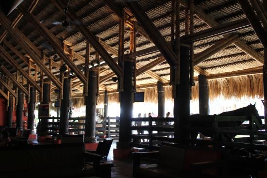 Hotel Decameron Panaca : Lobby