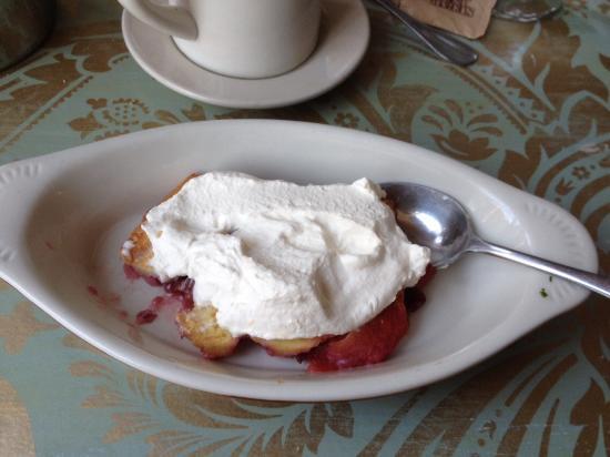 Media, بنسيلفانيا: Apple crisp dessert