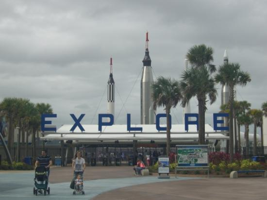 NASA Kennedy Space Center Visitor Complex: エントランス