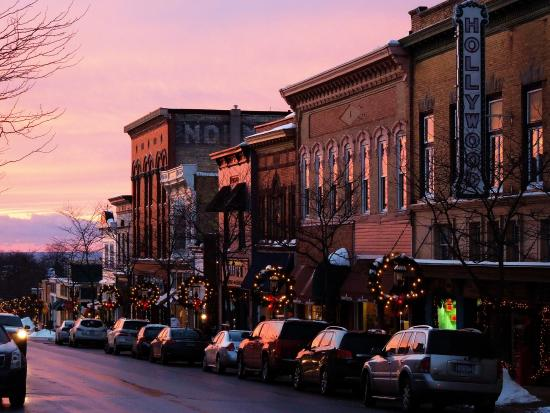 Historic Gaslight District: Downtown Petoskey - Gas Light District