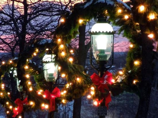 Historic Gaslight District: Christmas Decorations In The Gas Light District  Petoskey