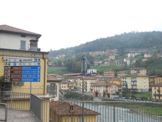 Provinsen Bergamo, Italia: oldest and ancient for the tourist as a spot.