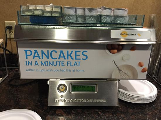 Donegal, PA: Holiday Inn pancake machine