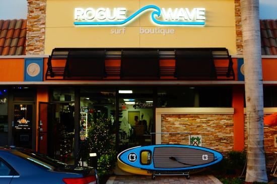 ‪Rogue Wave Surf Boutique‬