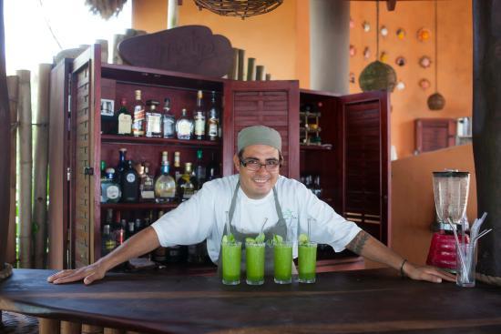 Petatlan, Mexique : Bartender and Chef