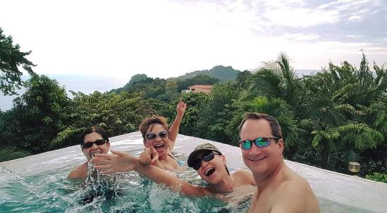La Mariposa Hotel: Fun in the Infinity Pool, Mariposa CR