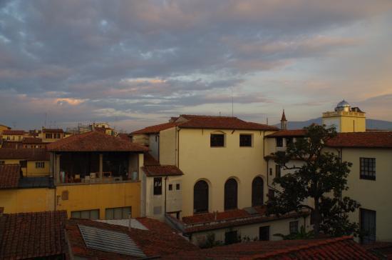 Hotel Loggiato dei Serviti: View from room