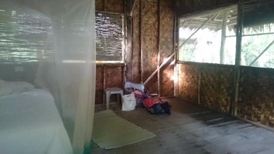 Kosrae Village Ecolodge & Dive Resort: Inside room