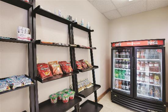 La Quinta Inn Rochester North: Property amenity