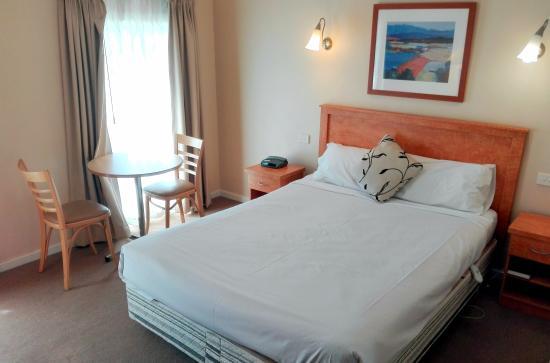 Glen Inn: Bed