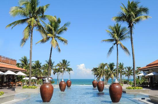 Furama Resort Danang : Infinity_Look_Of_Courtyard