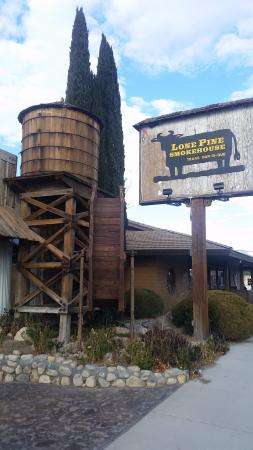Lone Pine Smoke House