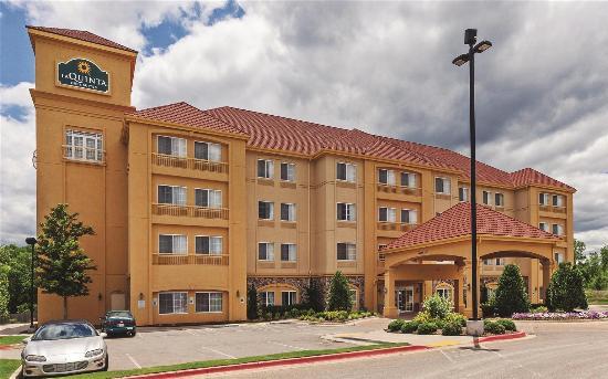 La Quinta Inn & Suites Stillwater : Exterior view