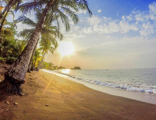 Ecolodge Nautilos: Hermosas playas