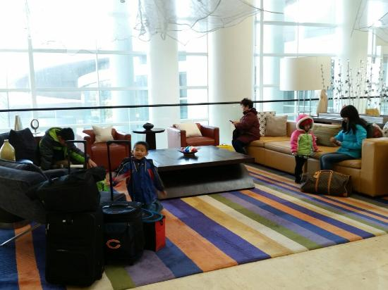 Renaissance Schaumburg Hotel and Convention Center: 20151225_104550_large.jpg