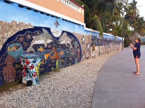 Jacmel picture of jacmel beach jacmel tripadvisor for Creation mural kids
