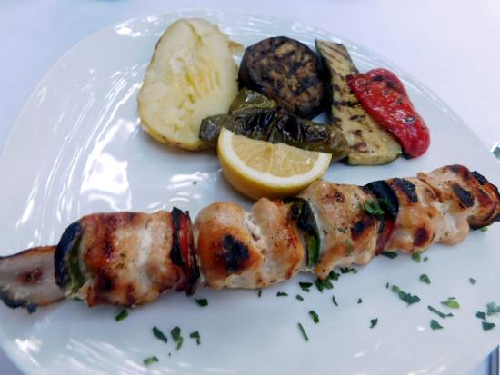 Chicken souvlaki without the skewer! - Picture of Avra Restaurant ...