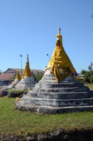 Three Pagodas Pass: 3 องค์