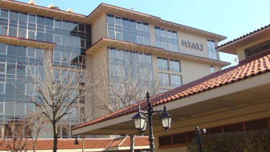 Grand Hyatt Istanbul: Отель содвора