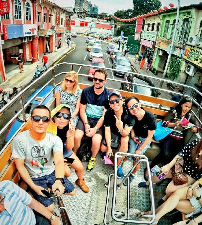 Hop on Hop Off Bus Kuala Lumpur : having fun in the double decker, let's explore KL
