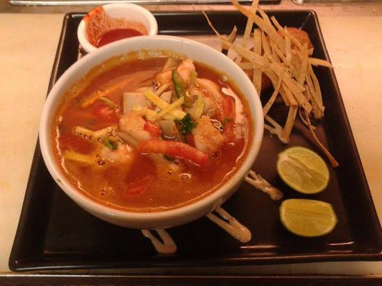Margaritas Restaurant : excelente  sopa 7 mares