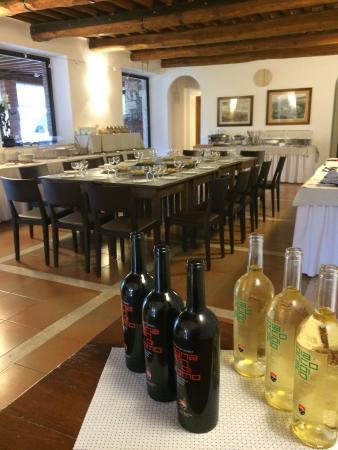 Villa Acquaviva - La Fattoria: Momenti di Degustazione