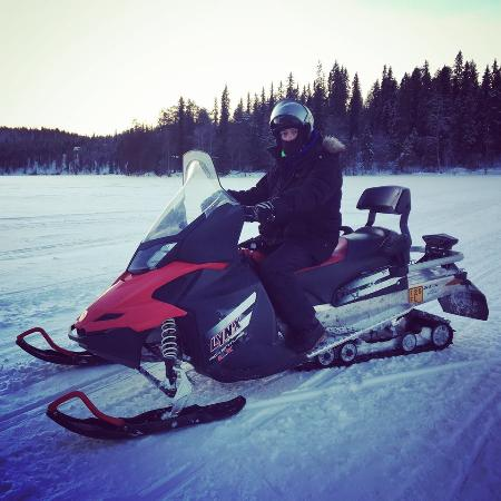 Ruka Adventures Day Tours: Snowscooter