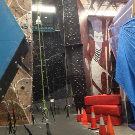 City Summit Indoor Rock Climbing