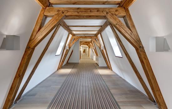 Augustine, a Luxury Collection Hotel, Prague: Corridor