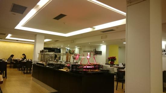Mercure Bologna Centro: breakfast