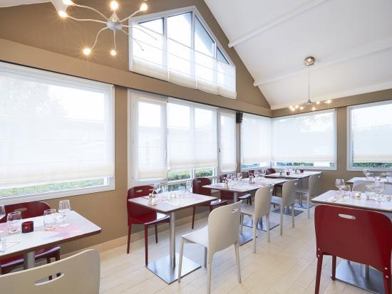 Campanile Montesson - Le Vésinet : Hotel Restaurant Campanile Montesson le Vésinet