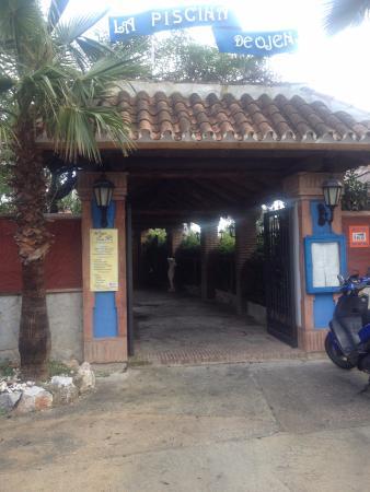 Ojen, Ισπανία: Entrada