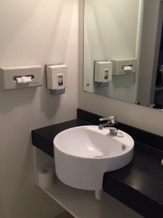 Bathroom, Towers on the Park