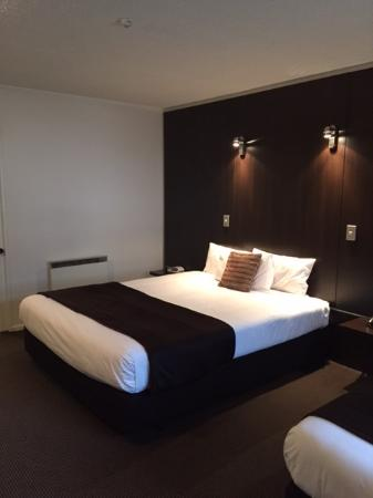 Room at Towers on the Park