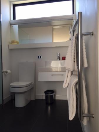 The Fairways, Bathroom