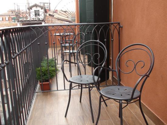 Savoia & Jolanda Hotel: Terrasse