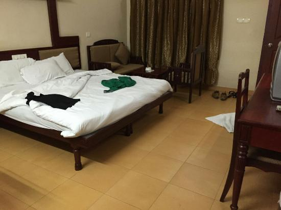 Pagoda Resorts Alleppey: bed room