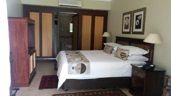 Protea Hotel Hunters Rest: Deluxe Double Room with Garden View