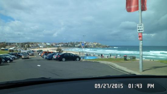 Bondi To Coogee Beach Coastal Walk Lotsa Parking By The Beach