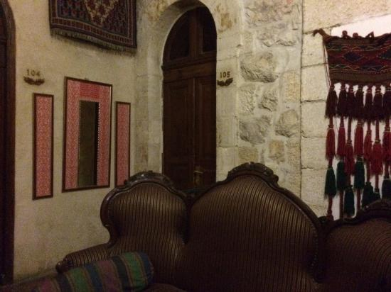 Jerusalem Hotel: Hallway