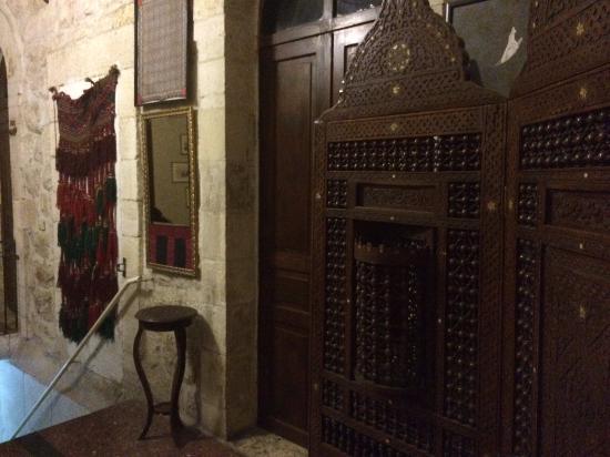 Jerusalem Hotel: more treasures