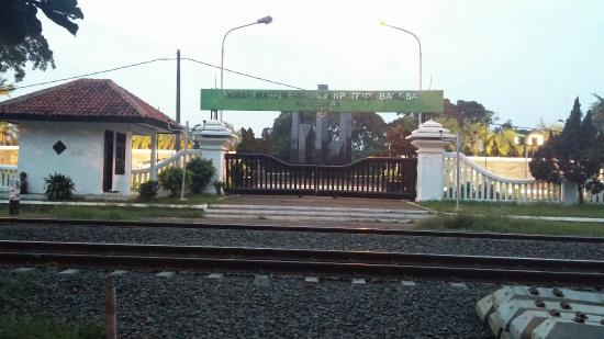 Taman Makam Pahlawan