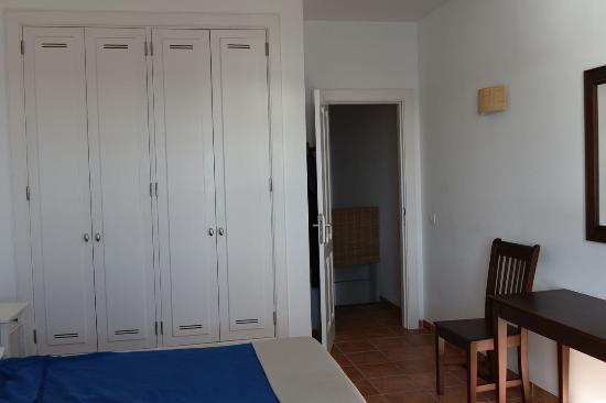 Poris de Abona, Spanyol: makuuhuoneen komerot