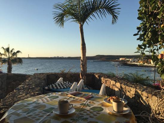 Poris de Abona, Spanyol: näkymä terassilta