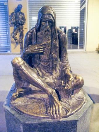 Monument of beggar